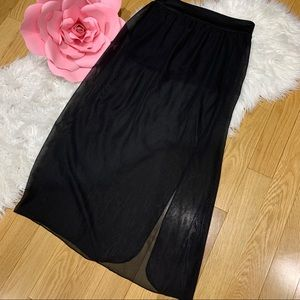 Maxi sheer skirt with slit with booty shorts